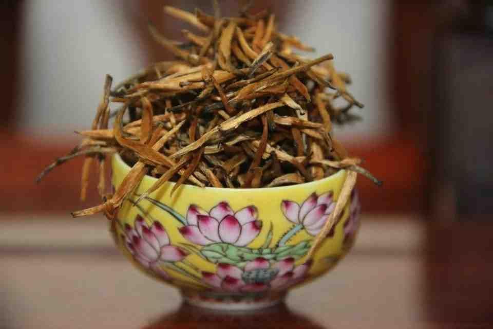 Черный китайский чай Юньнань Dianhong 702200 3