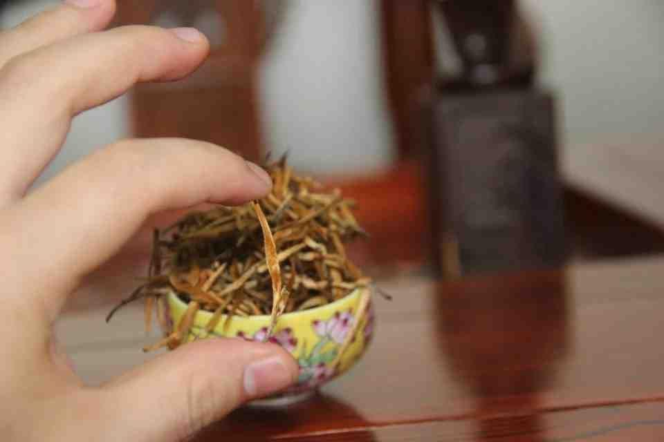 Черный китайский чай Юньнань Dianhong 702200 5