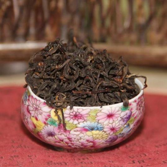 Красный чай Хайнань