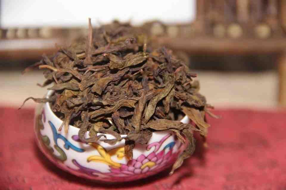 Kitajskij-chaj-Ulun-Baj-TSzi-Guan-Bai-Ji-Guan-Wu-Yi-Rock-Tea-707400-12