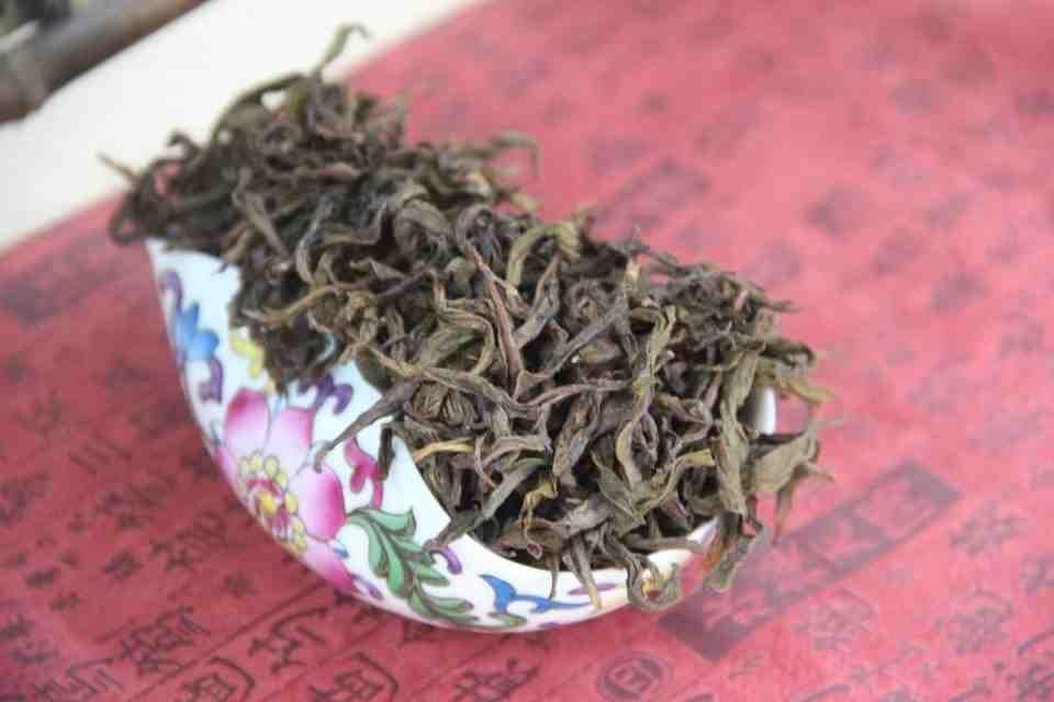 Kitajskij-chaj-Ulun-Baj-TSzi-Guan-Bai-Ji-Guan-Wu-Yi-Rock-Tea-707400-8