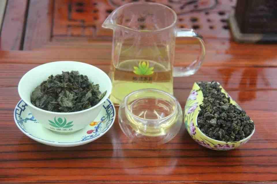 Kitajskij-chaj-Ulun-Huan-TSzin-Guj-Huang-Jin-Gui-Zolotaya-Koritsa-710700-4