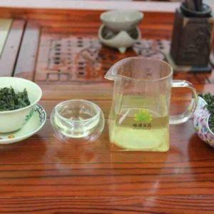 Kitajskij-chaj-Ulun-Te-Guan-In-Tie-Guan-Yin-Ansi-pervyj-sort-708400-11
