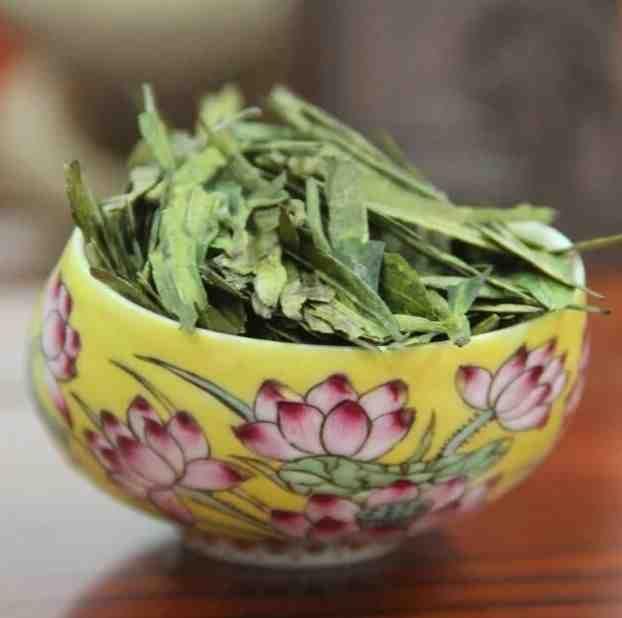 Лунцзин (Long Jing) «Колодец Дракона» - высший сорт