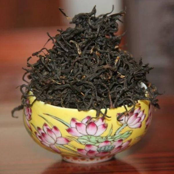 Юньнаньский красный чай с улунского дерева - высший сорт