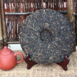 Puer-shen-Chjun-Cha-Huang-Jin-Yin-8831-Zolotaya-pechat-03