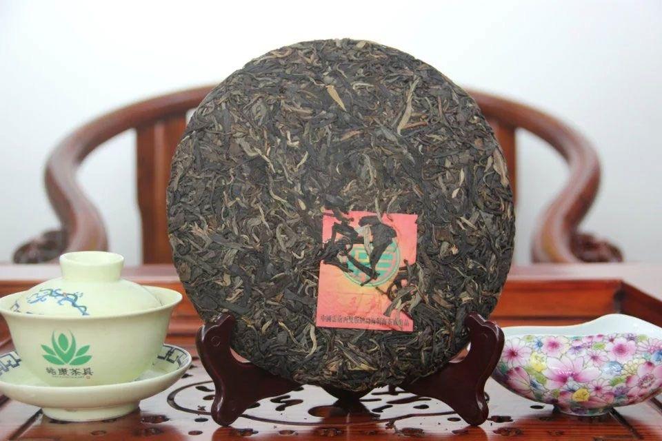 shen-puer-chajnyj-korol-2012-god-sinhaj-4