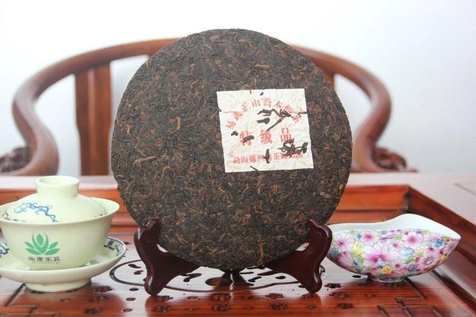 shu-puer-te-ji-pin-2011-god-sinhaj-2