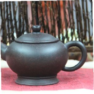 Bao-Deng-Svyaschennaya-lampa-chainik-iz-isinskoi-glini-300-ml-02