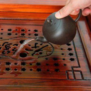 Mei-Ren-Jian-Plecho-krasavici-chainik-iz-isinskoi-glini-240-ml-03
