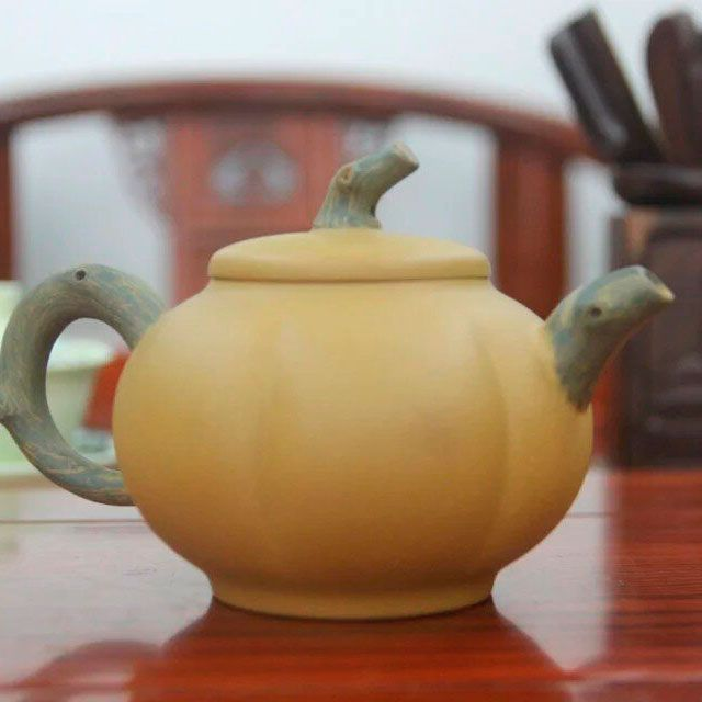 «Мускатная тыква» - чайник из исинской глины 220 мл
