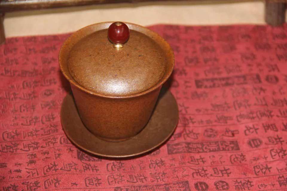 gajvan-xian-tiao-shlifovannoe-zoloto-4
