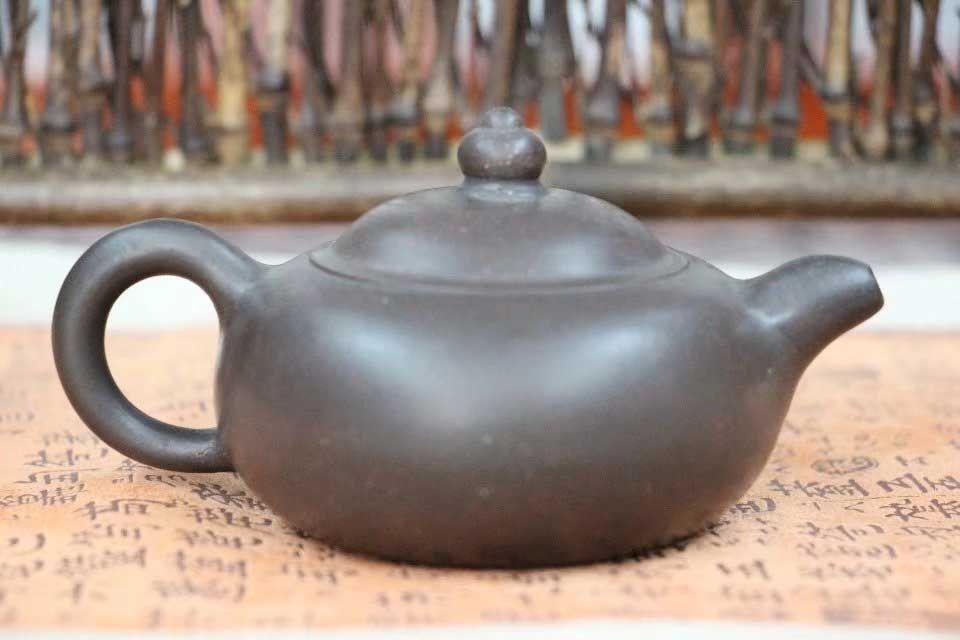isinskij-chajnik-osennyaya-rosa-yu-lu-master-wang-fang-2