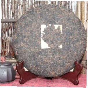 shu-puer-imperatorskij-puer-fabrika-kai-gu-hao 1