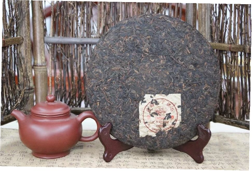 shu-puer-spetsialnyj-vypusk-2005-chun-hai-tea-factory 2