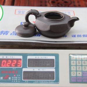 isinskij-chajnik-shest-granej-iskusstva-liu-fang-hu-220-ml-1