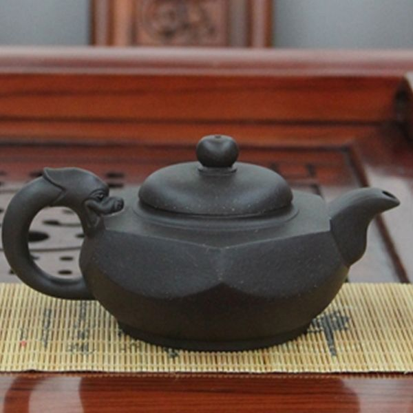 """Исинский чайник """"Шесть граней искусства""""  - LIU FANG HU, 220 мл"""
