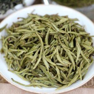 zelenyj-chaj-sladkaya-rosa-gory-men-din-4