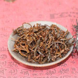 chernyj-chaj-wu-zhi-shan-shui-man-1