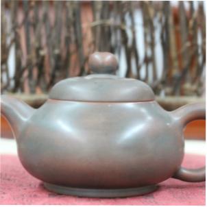 chajnik-iz-tsinchzhouskoj-gliny-ohvatyvat-140-ml-2
