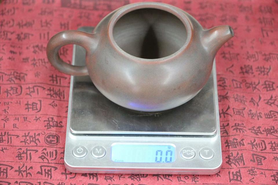 chajnik-iz-tsinchzhouskoj-gliny-ohvatyvat-140-ml-3
