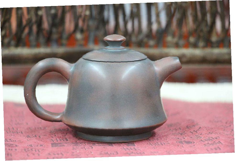 chajnik-iz-tsinchzhouskoj-gliny-malenkij-sverchok-1