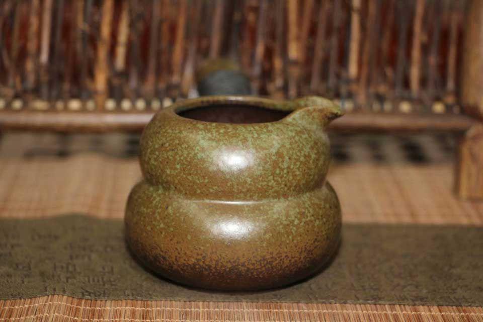 glinyanyj-chahaj-tyomno-zelenyj-chahaj-1