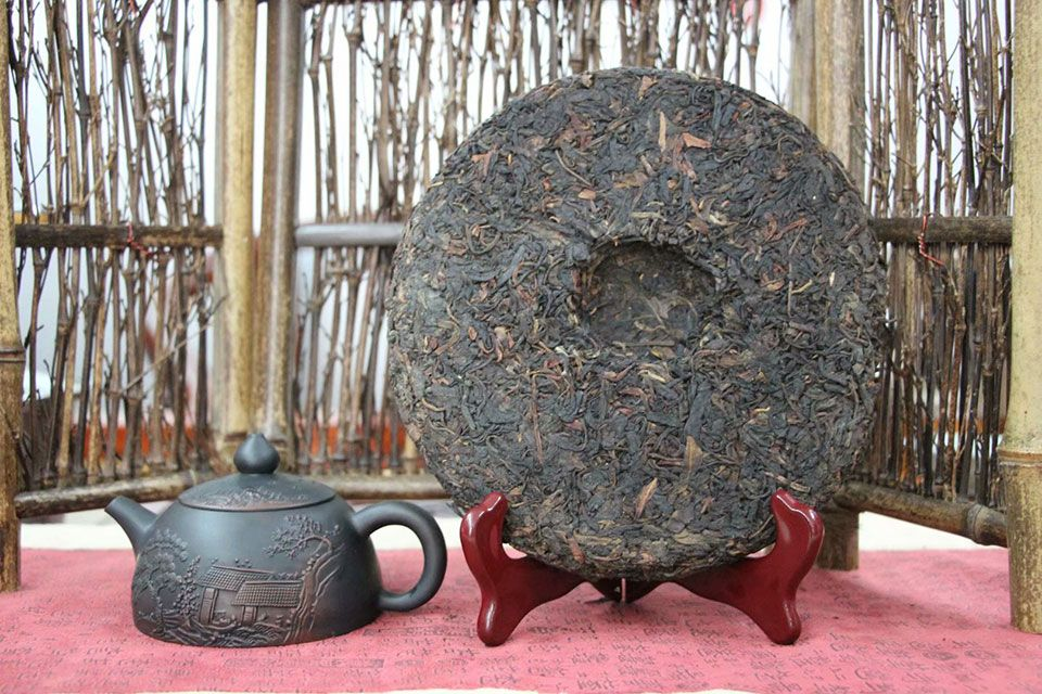chernyj-chaj-yuanshi-senlin-yesheng-2005-2