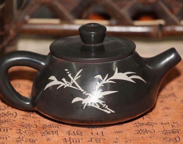 Чайник из уезда Цзянь шуй