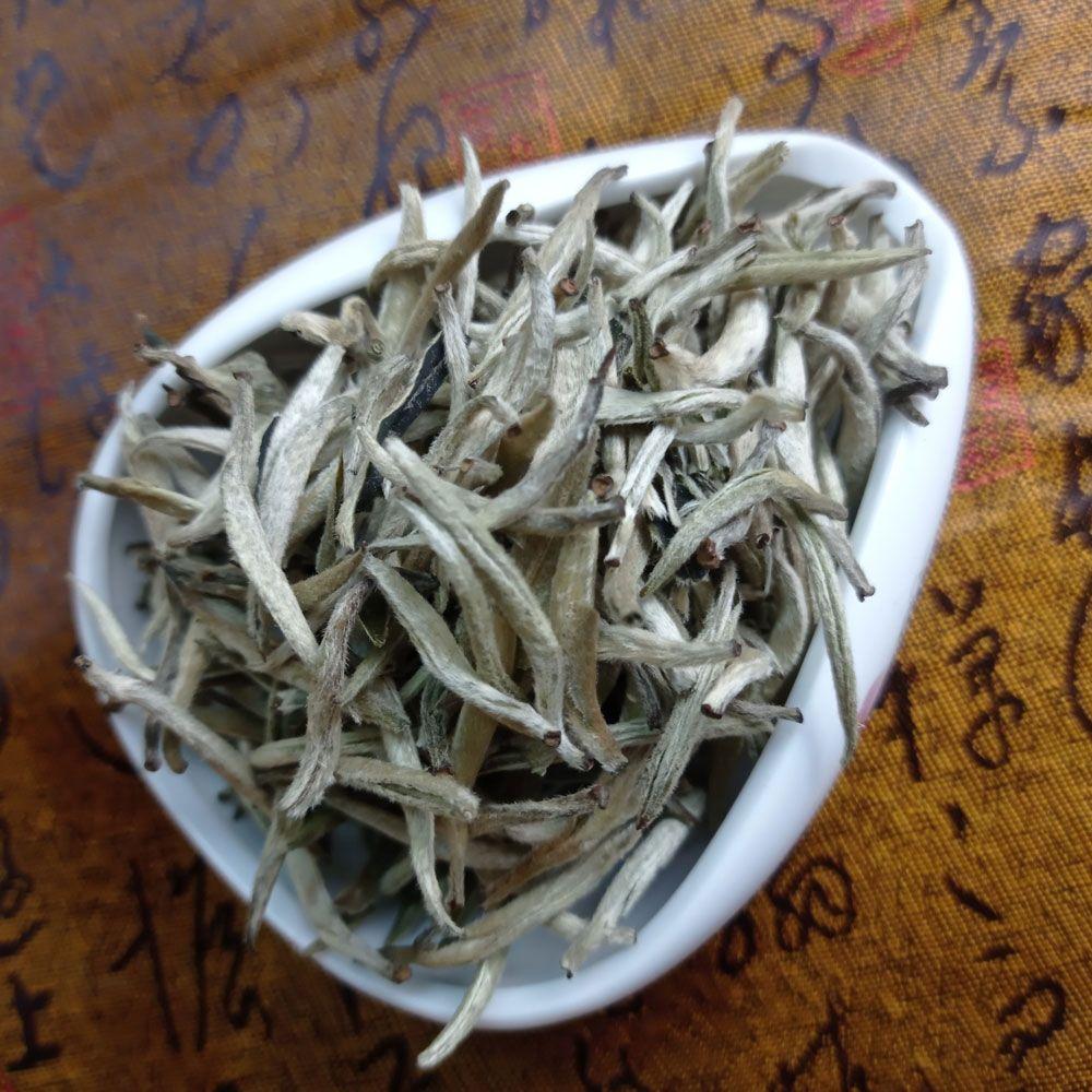 Белый чай Гу Шу Бай Хао Серебряные иглы со старых деревьев купить с доставкой